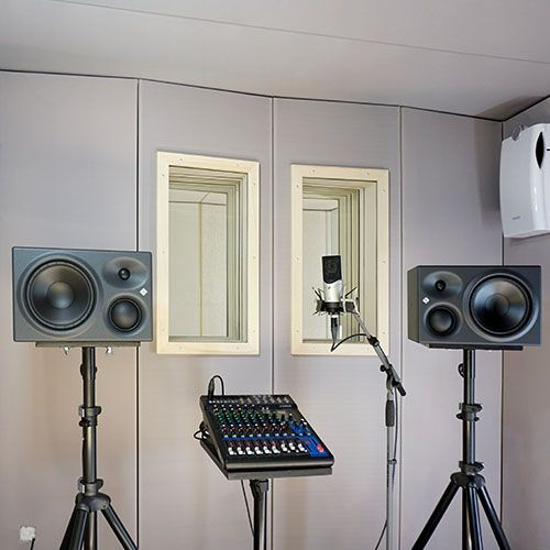 Mixing Mastering Studio - STUDIOBOX soundproof booth